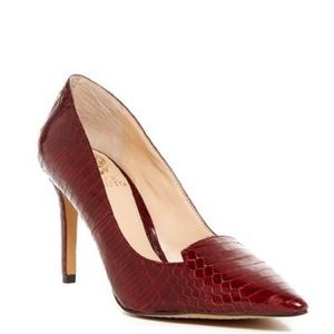 🔥Vince Camuto vc-Panan red snakeskin heel🔥